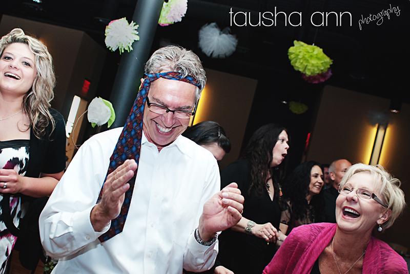 goofy guy with tie on head nashville tn wedding photography