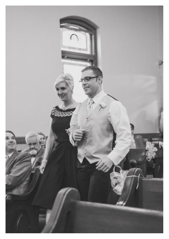 Franklin-Nashville-wedding-photographer-downtown-vintage-barn-chapel-15