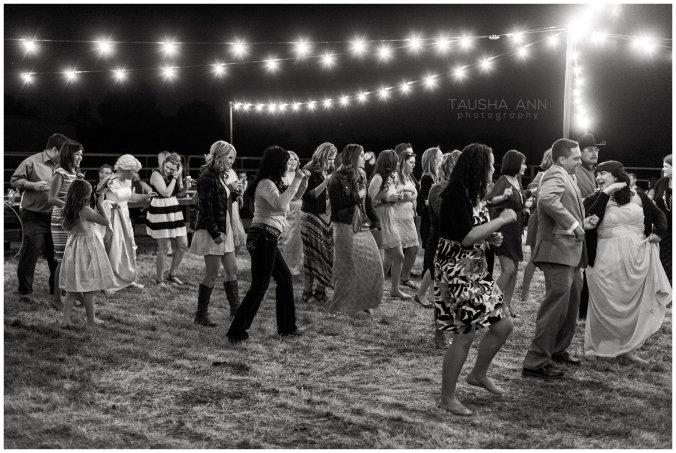 Wedding_Bride_Groom_Reception_Phoenix_AZ_Tausha_Ann_Photography-Guests_Dancing