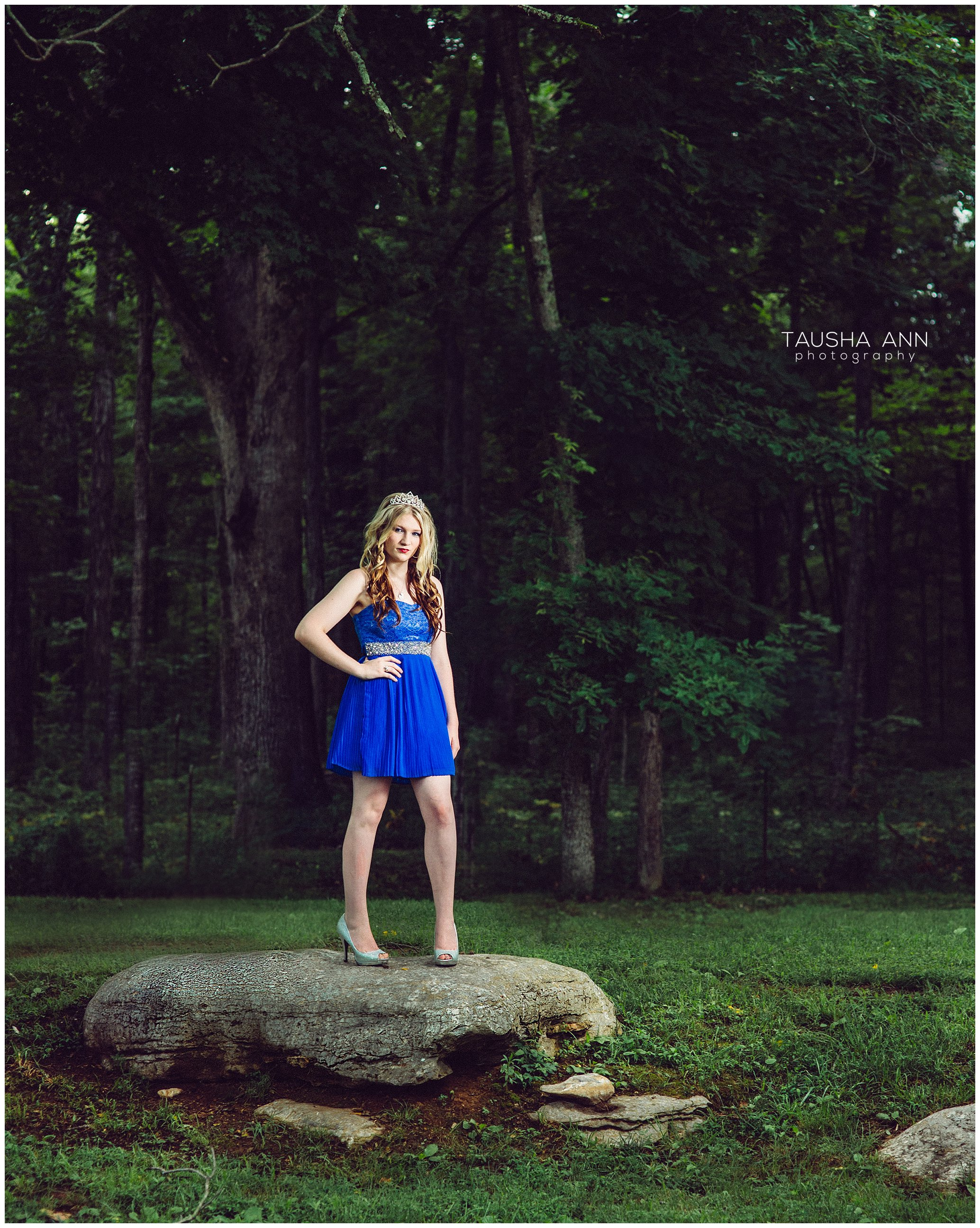 Sammie's_Sweet_16_Duck_Pond_Farm_Mt_Juliet_Tausha_Ann_Photography_Model_Nashville_Franklin_Spinning_Blue_Dress_Tiara_Standing_On_A_Rock_Fashion