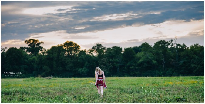 Sammie_16_Senior_Photography_Nashville_Franklin_Senior_Photographer_Sky_Field_0538