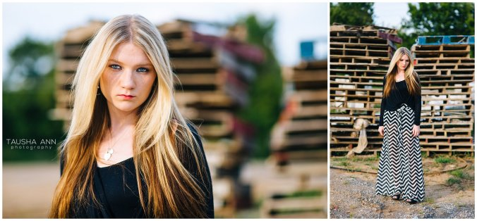 Sammie_16_Senior_Photography_Nashville_Franklin_Senior_Photographer_Urban_Pallets)Field_0536